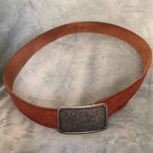 Brown leather belt by Fossil
